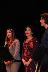 Tamara, Laila en Ellen tijdens de Preek van de Leek