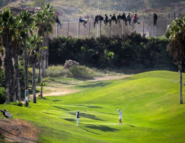vluchtelingen golfcourt